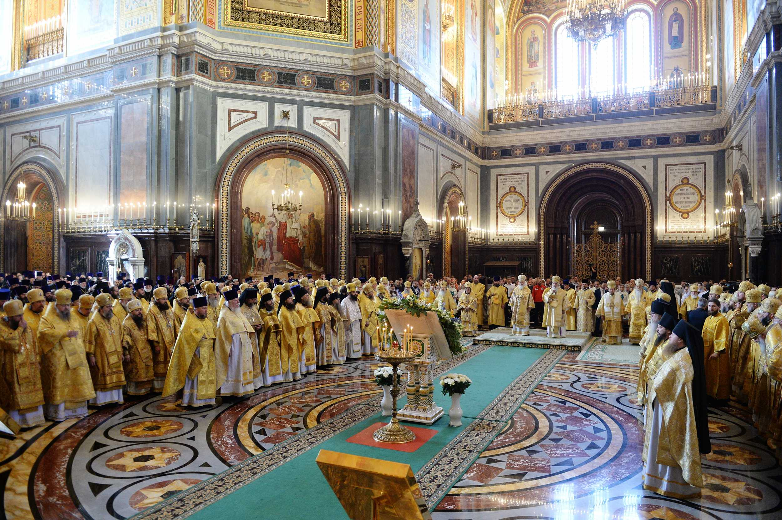 救世主大聖堂での祭日聖体礼儀1