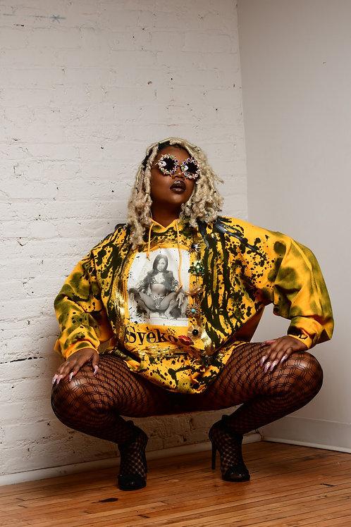 Syeko Queen Bee Sweatshirt
