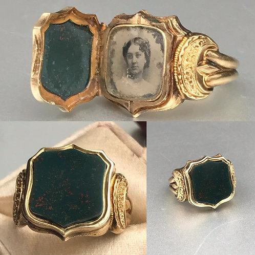 14k Victorian Bloodstone Momento Locket  Ring