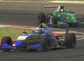 Burcher and Bates win E-Challenge round from Silverstone