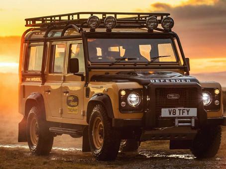 Land Rover Defender Works V8 Trophy: Ostrieľaný veterán