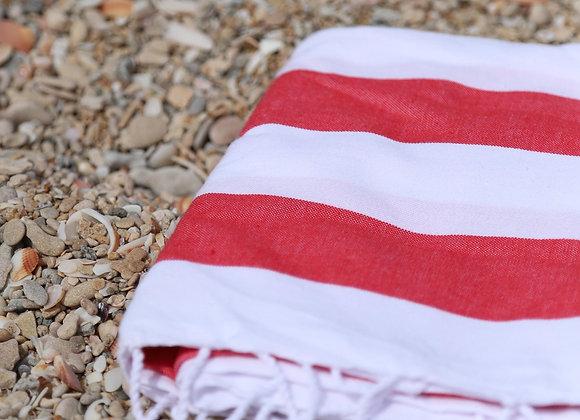 מגבת טורקית לחוף הים עם פסים בצבע אדום ולבן