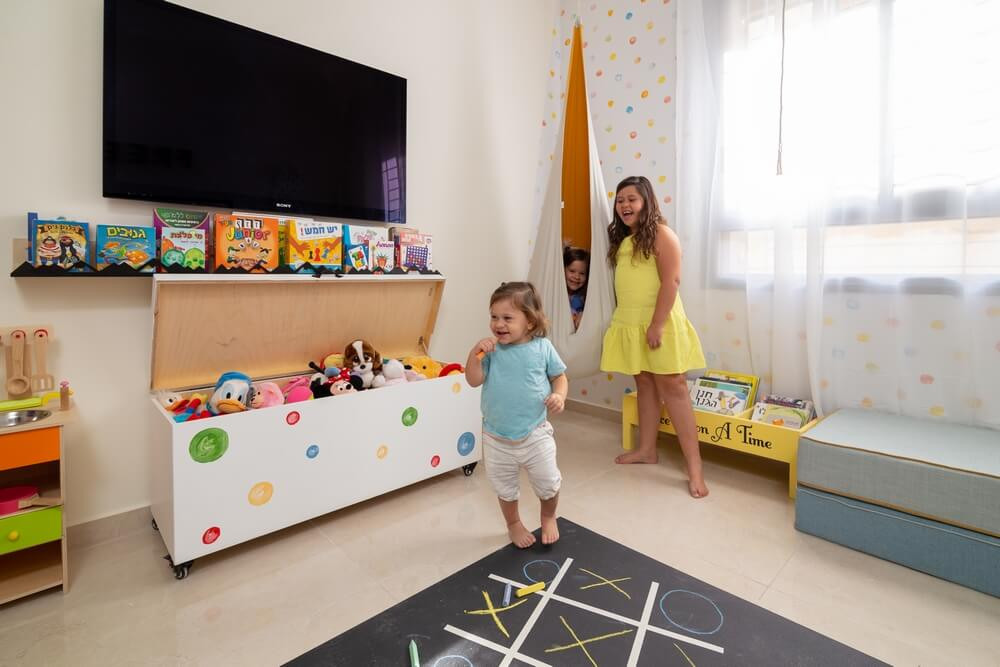 חדר משחקים משותף ל-3 אחים