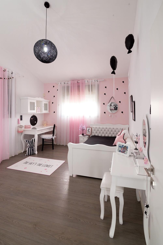 עיצוב חדר לילדה במוטיב בלונים