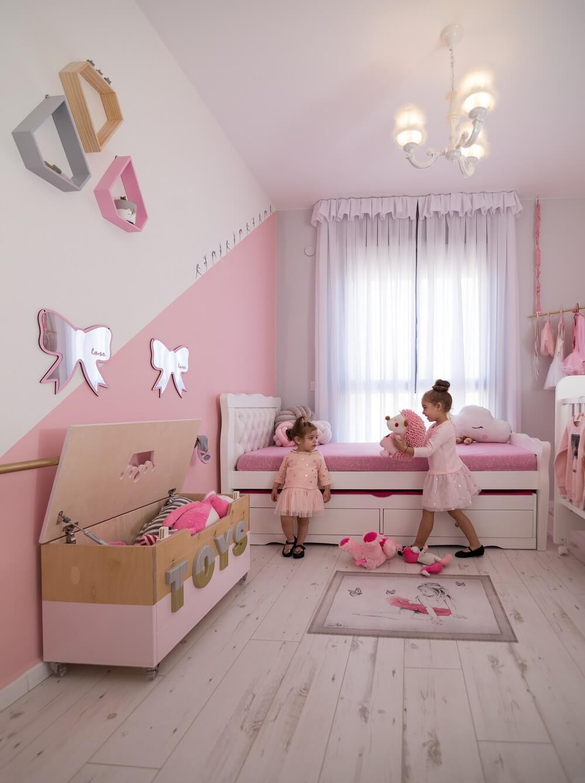 חדר ילדים משותף לשתי אחיות בקונספט בלט