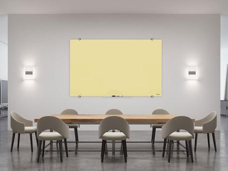 לוח מחיק מזכוכית - יתרונות שחייבים להכיר
