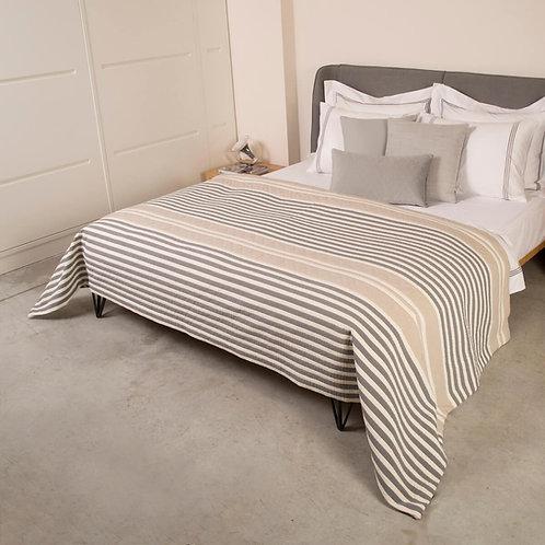 כיסוי מיטה pekin stripe