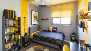 חדר מעוצב לנער באווירת גיימינג