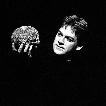 HAMLET by Shakespeare ; Kenneth Branagh as Hamlet ; Directed by Adrian Noble ; Royal Shakespeare Company ; at the Barbican, London, UK ; 1992 Credit: Pete Jones
