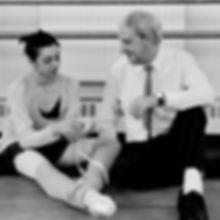 PRINCE OF THE PAGODAS ;  Rehearsals ; Choreographer Sir Kenneth MacMillan with ballet dancer Nina Ananiashvili ; The Royal Ballet School, Talgarth Road, London, UK ;  8 June 1990 ; Credit: Bill Cooper