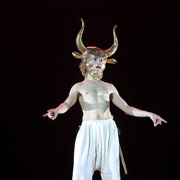 BACCHAI by Euripedes; May 2002;  National Theatre  - Olivier - Director :  Peter Hall GREG HICKS - Dionysus Music - Harrison Birtwistle  Credit: Colin Willoughby
