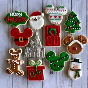 DCP Christmas 2019 set Mickey gingerbrea
