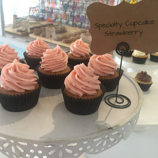 strawberry cupcake 2.JPG