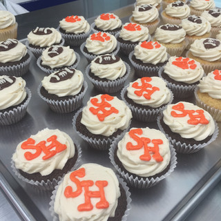 sam houston cupcakes.JPG