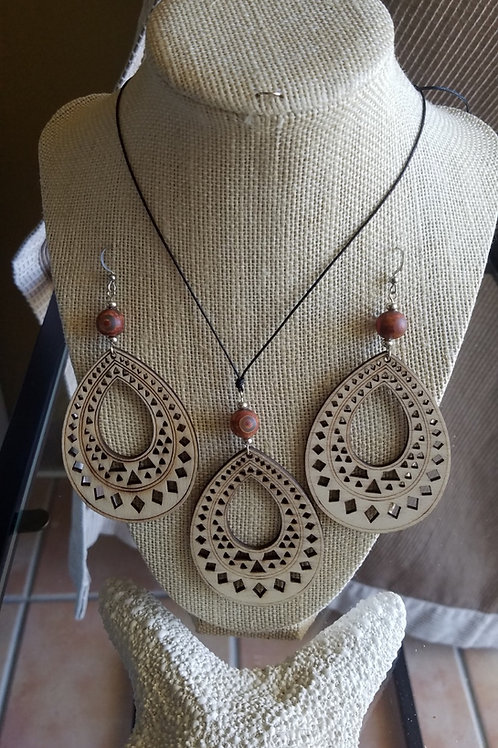 Woodsy Necklace Set