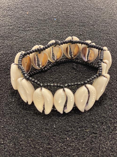 Cowrie and Bead Men's Bracelet