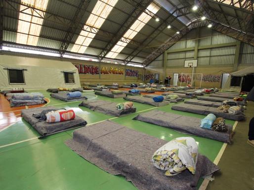 Ginásio do Creas no bairro Coqueiral está pronto para abrigar 60 pessoas durante frio intenso