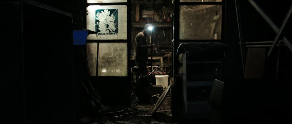 DirenAgbaba_documentary_Themudnessofitall_15
