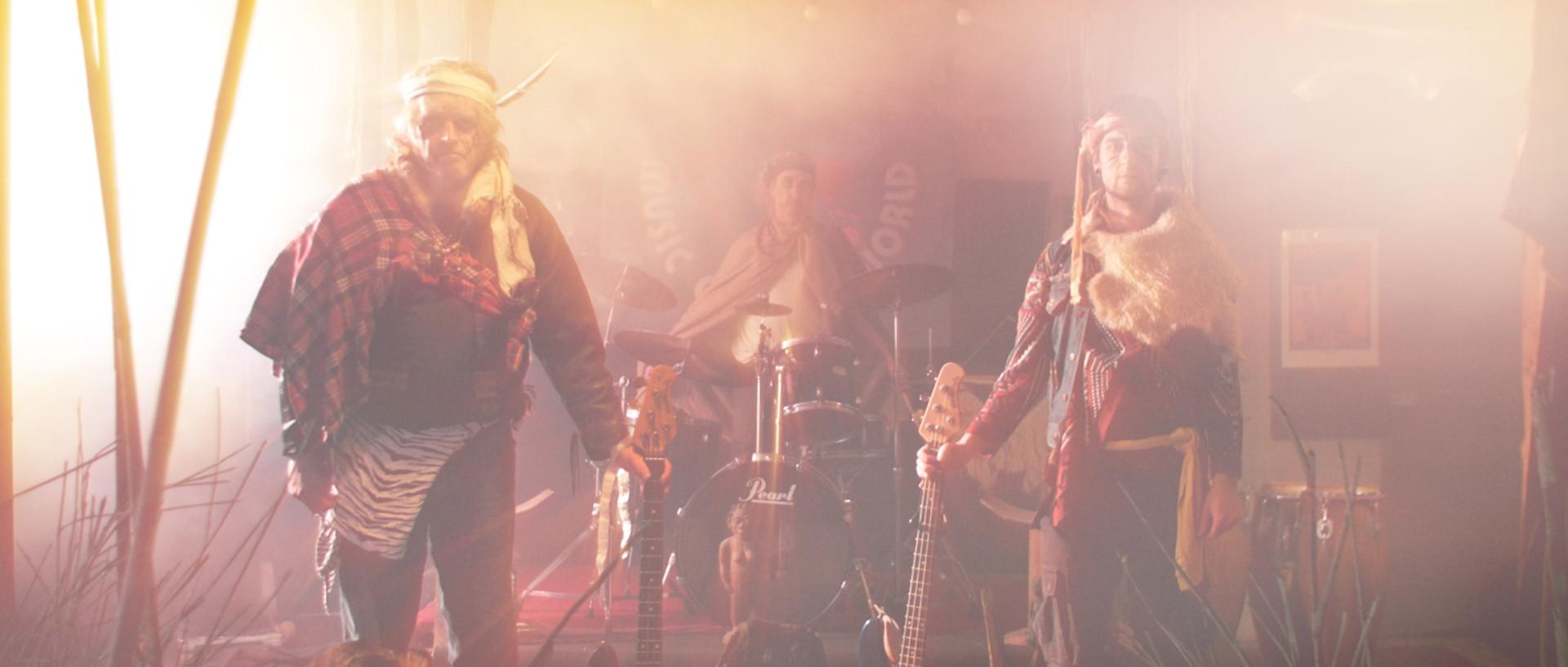 DirenAgbaba_musicvideo_Urukhigh_7