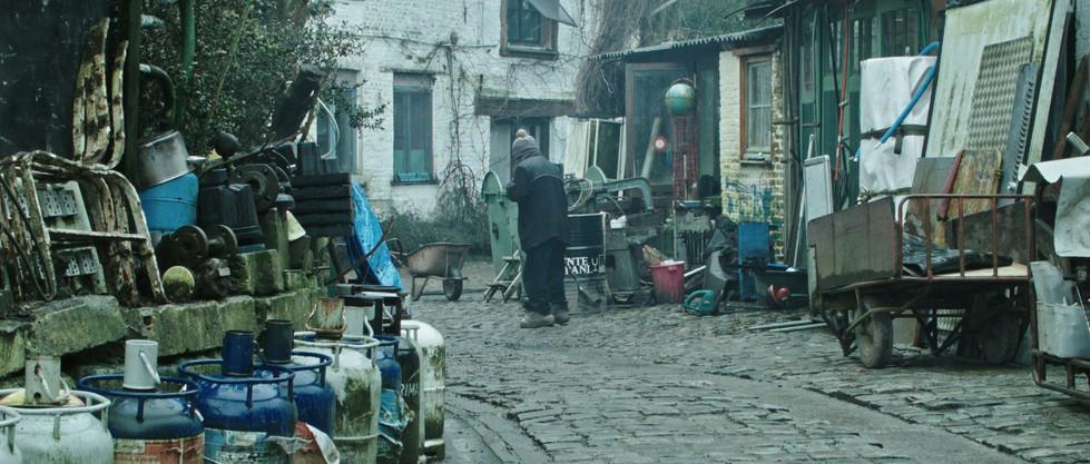 DirenAgbaba_documentary_Themudnessofitall_5