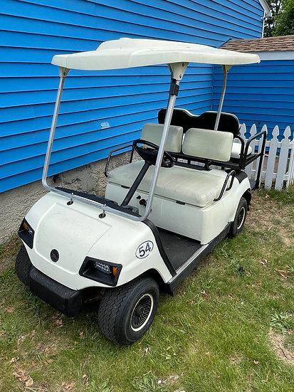 2005 Yamaha G16 Gas Powered - 4 Passenger Golf Cart.