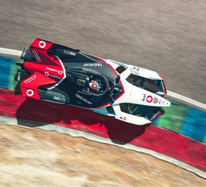 Formula E, la scossa Porsche