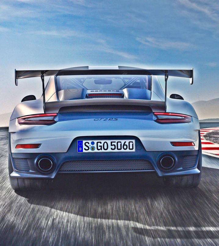 911 GT2 RS, salta il banco dei collezionisti