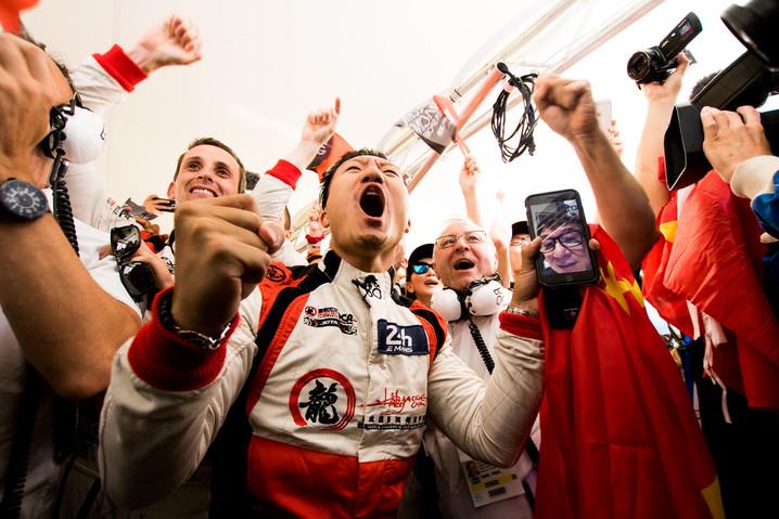 24 Ore di Le Mans: alta tensione, in tutti i sensi. Un'altra bella pagina si aggiunge al librone