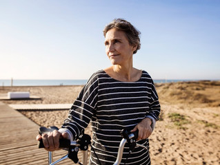 Are There Early Signs of Alzheimer's Disease to Watch For?