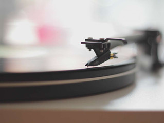 Alzheimer's: 'Music may make symptoms more manageable'
