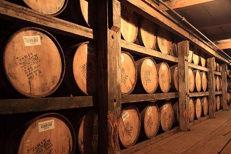 Buffalo-Trace-Bourbon-Whiskey-Barrels.jp
