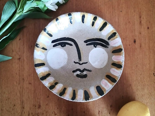 Hand painted stoneware bowl by Evelyn Albrow (contemporary )