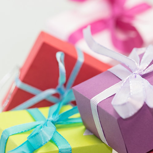 Gift Wrapping Service Including a Personal Message