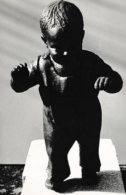 Early Steps Sculpture Kent UK