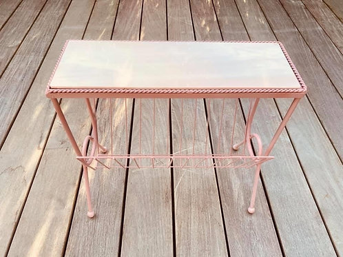 little table in PINK