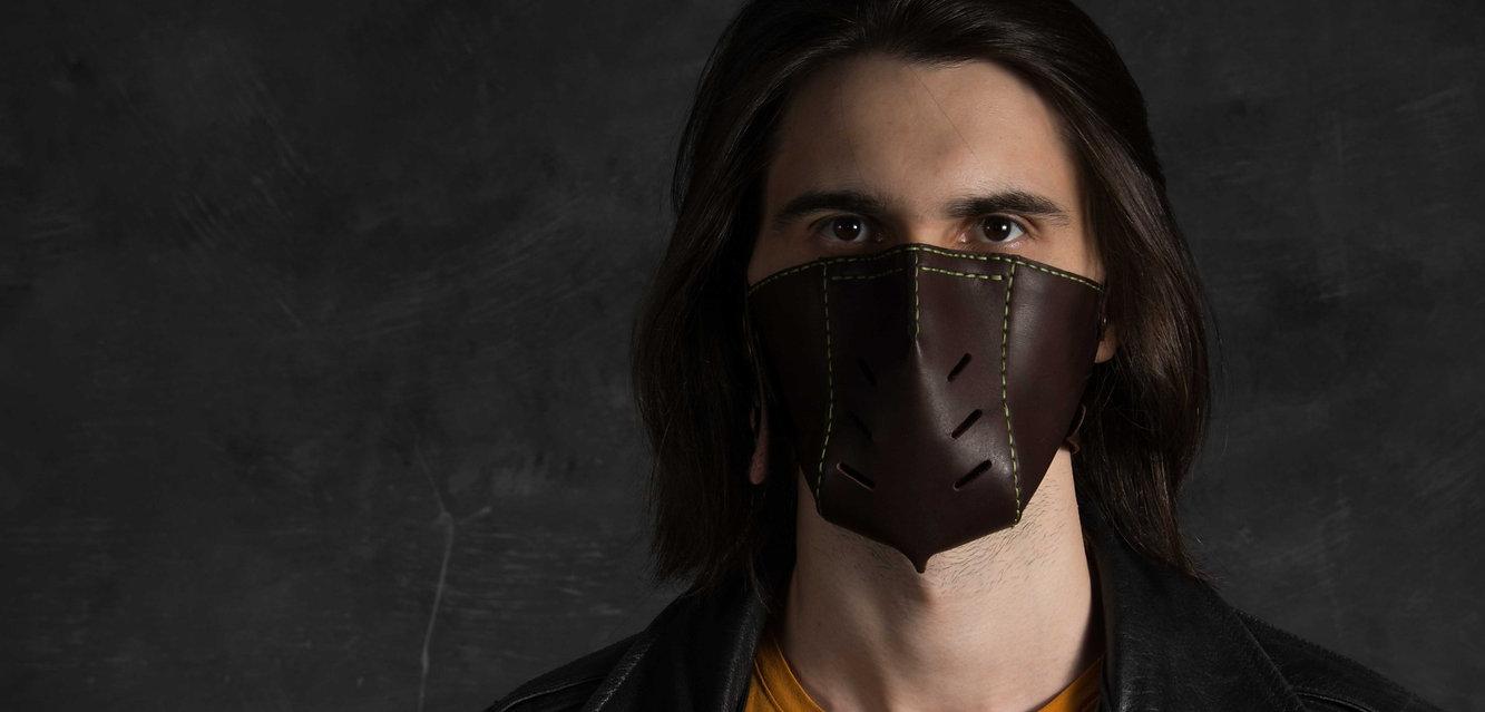 кожаная защитная маска на лицо