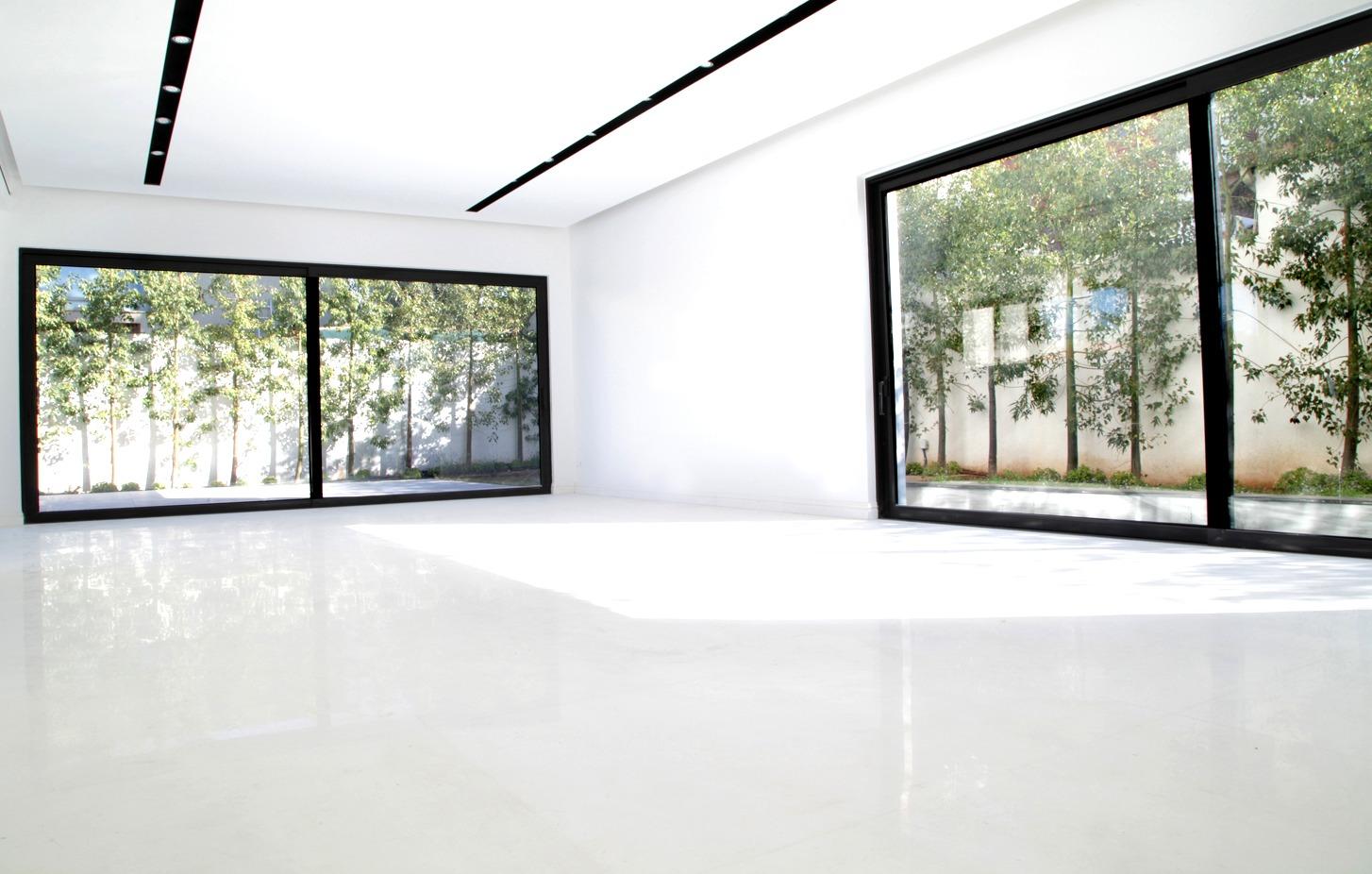 Thasos white marble flooring