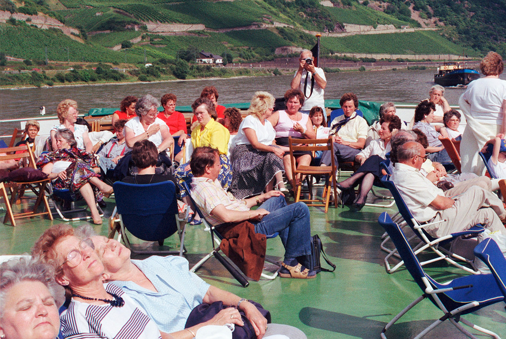 Main River Boat © 1987