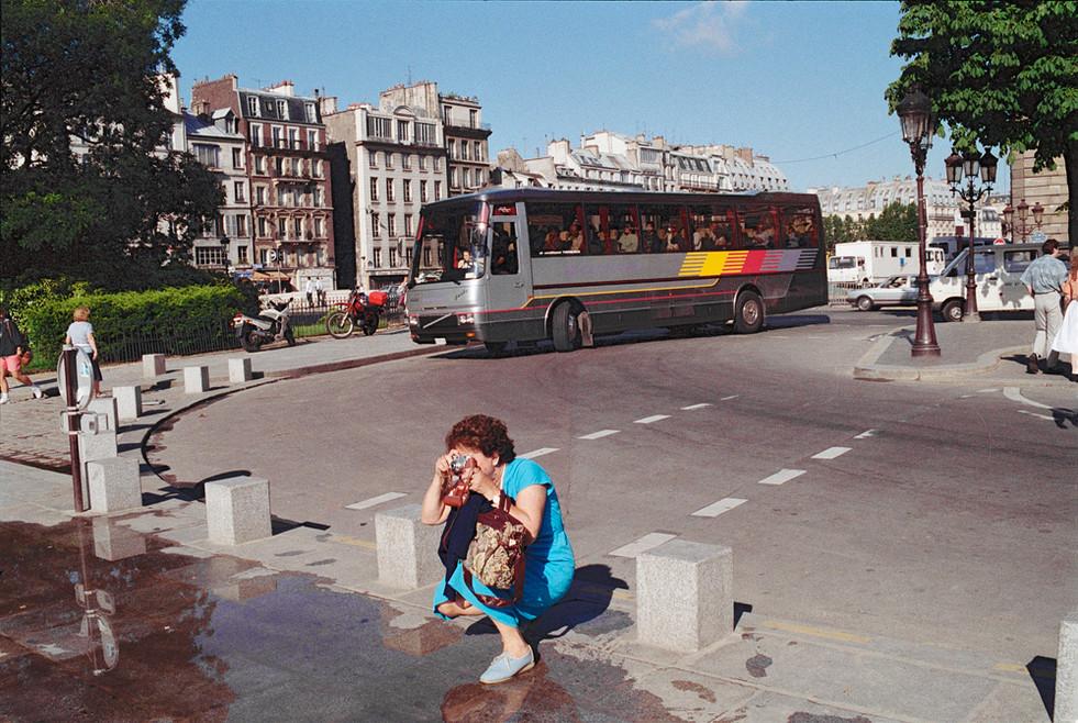 Tourism in Paris © 1987