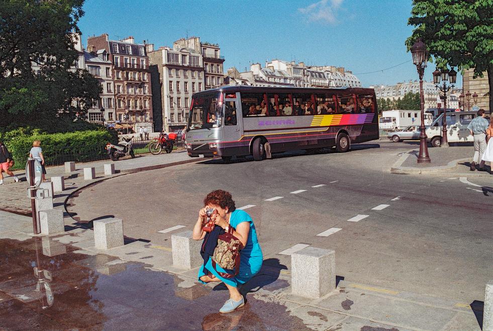 Tourists of Paris