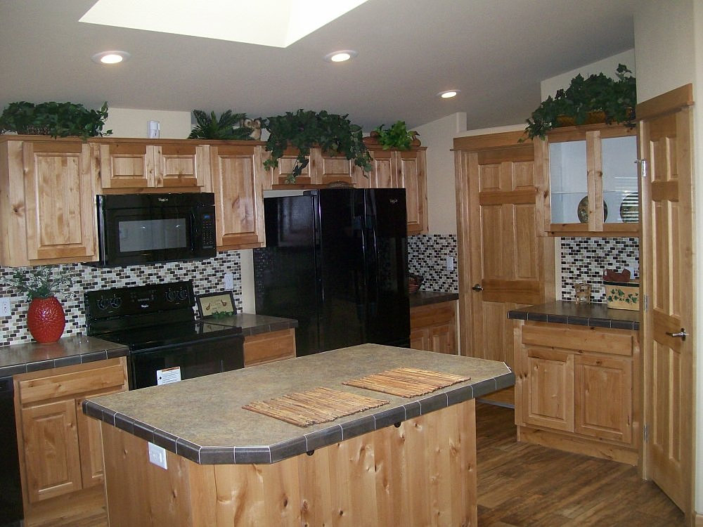 rosewood | Rosewood Kitchen Features