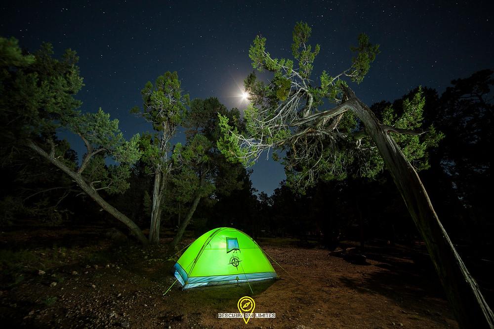 Acampada en el Gran Cañón del Colorado