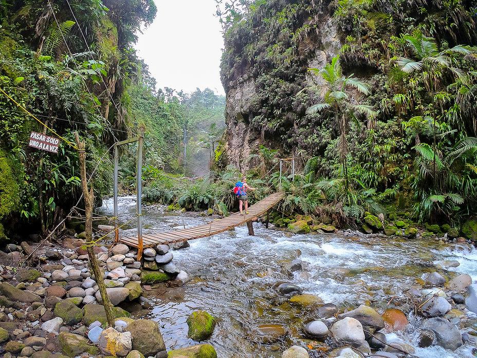 Catarata Rio Agrio. Descubre Sin Limites
