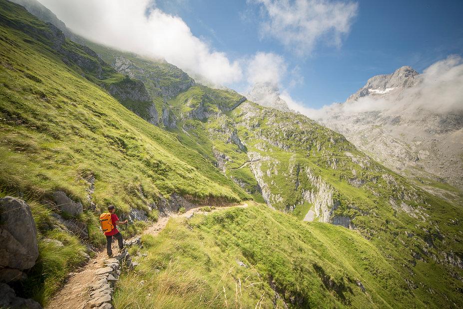 Ruta Naranjo de Bulnes, Asturias
