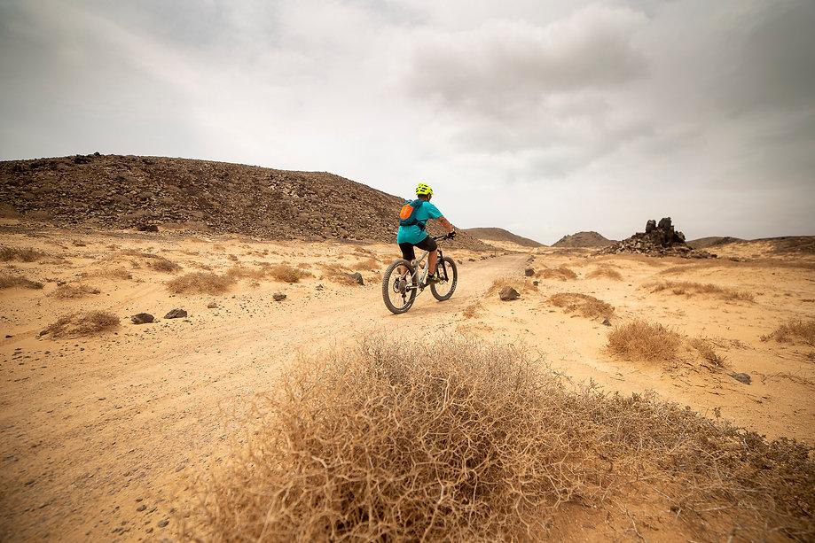 Islote de Lobos en bici, Descubre Sin Limites