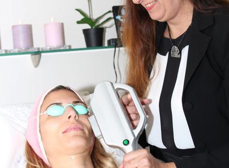   מאמר   10 השיקולים ברכישת מכשיר הסרת שיער בלייזר מקצועי