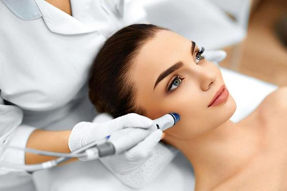 טיפול מזותרפיה-אור לעור-סוזי נחמן-טיפול