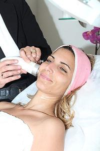 טיפול פנים מפנק-סוזי נחמן-אור לעור טכנול