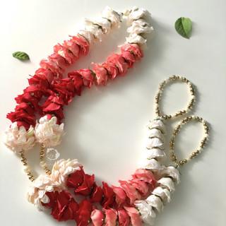tri-shade garden rose + blush dahlia
