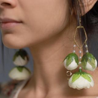 ivory droplet penta earrings